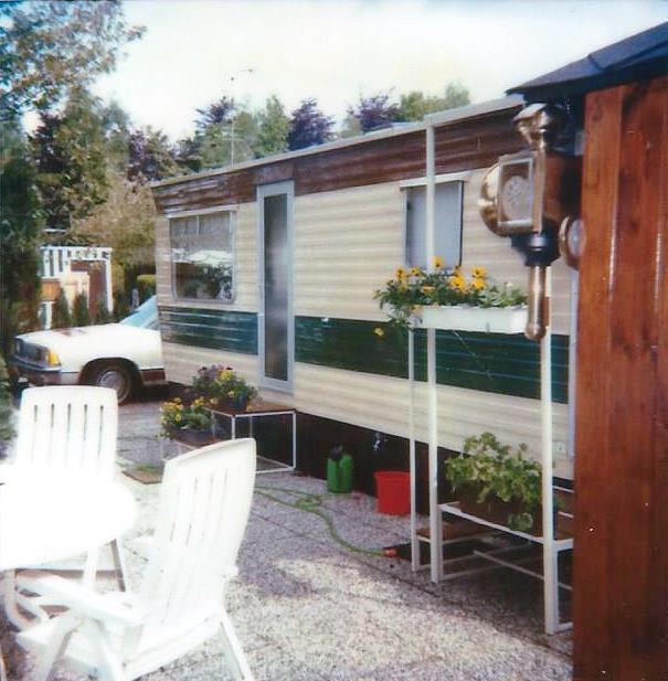 Caravan de 1e in 1985