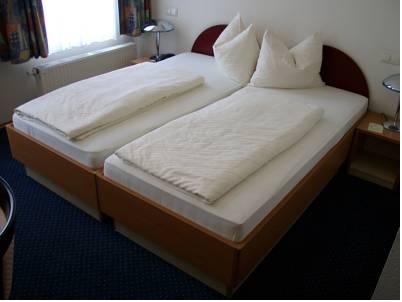 Hotel am Kastel4